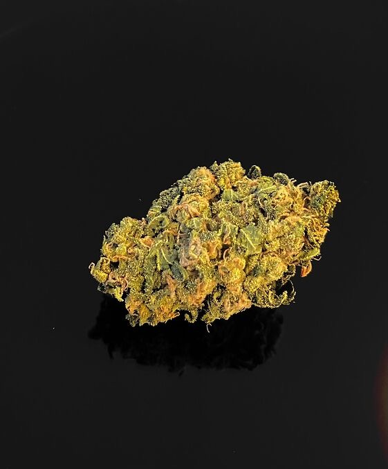 New! RED DRAGON – 10-20 %THC – Special Price $90 Oz!